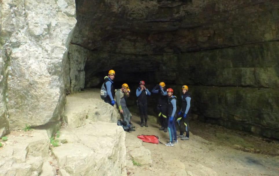Höhlentour als besonderes Erlebnis für ein Team
